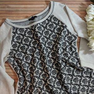 Forever 21 Brocade Pattern Raglan Pullover